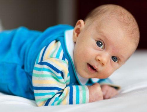 Bebé boca abajo y muerte súbita, ¿está relacionado?